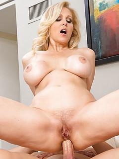 Mature Big Ass Pics