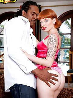 Big Ass Interracial Pics